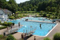 Waldschwimmbad in Eisenberg | Mamilade Ausflugsziele