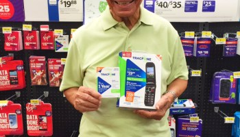 Tips to Celebrate National Grandparents Day with TracFone