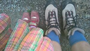 Damit das Wandern mit Kleinkindern Spaß macht, braucht es gutes Schuhwerk!