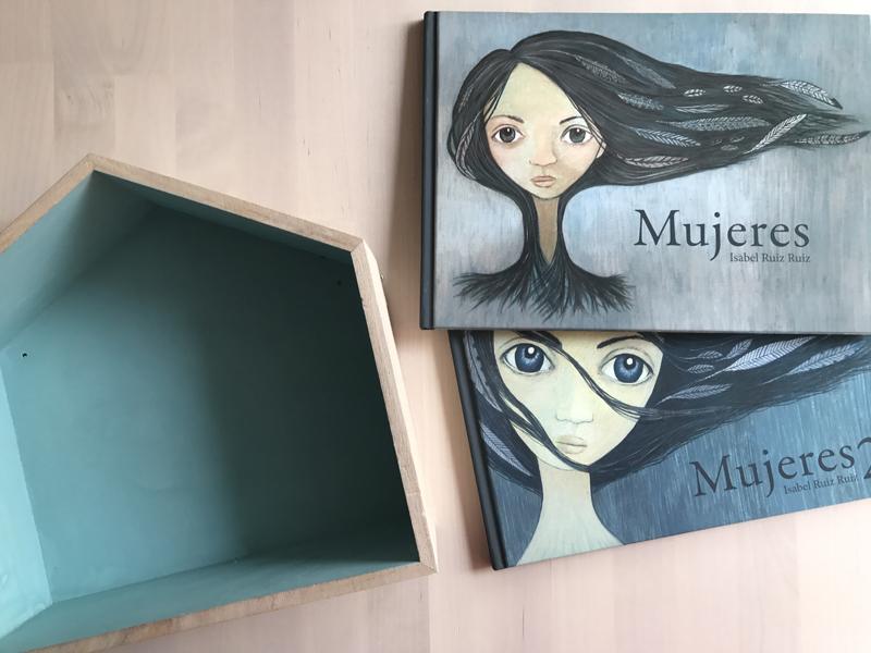 Mujeres. Isabel Ruiz Ruiz. Libros para el día de la mujer