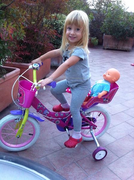 bicicletta rotelle