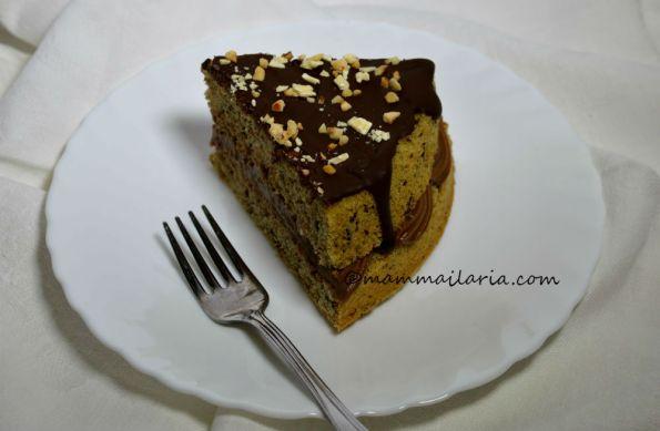 naked chocolate drip cake