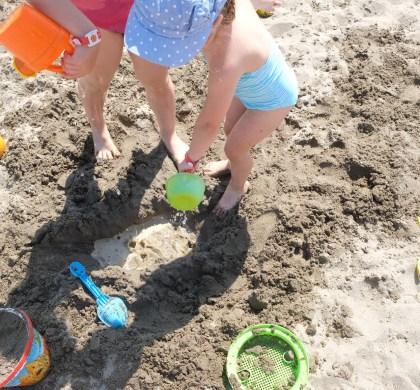 10 spiagge di sabbia in Liguria, più 5 di ghiaia