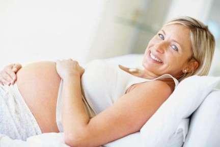 Donna incinta over 40: difficoltà e consigli