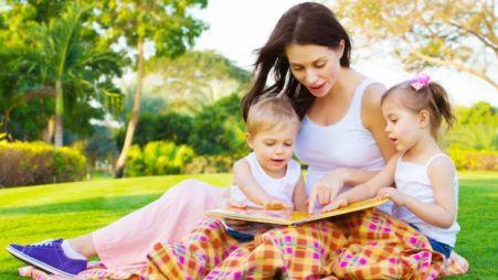 bambini e libri 300x169 - Esercizi di lettura veloce: come aiutare i bambini