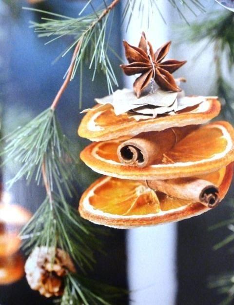Decorazioni Natalizie Con Frutta Secca.Addobbare L Albero Di Natale Con La Frutta Secca Mammapoppins