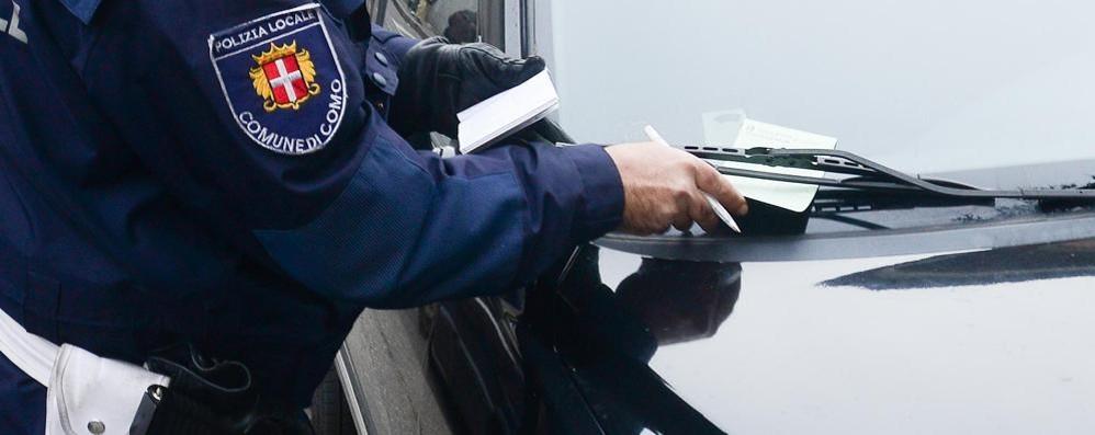 seggiolini auto normativa