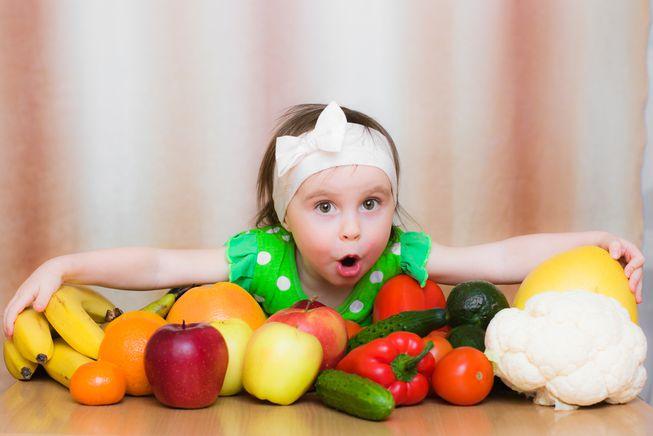 frutta e verdura ai bambini