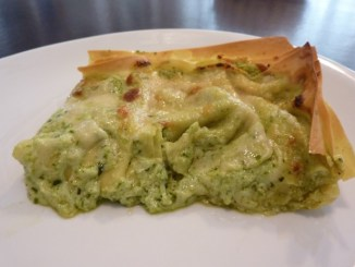 Lasagne alternative con pesto e scamorza