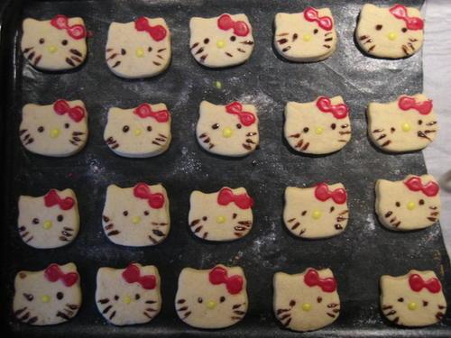 Biscotti Hello Kitty (la merenda del sabato)