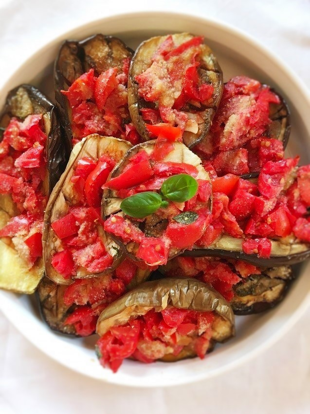 melanzane al forno con pomodoro e basilico