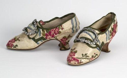 les types de chaussures portees pendant