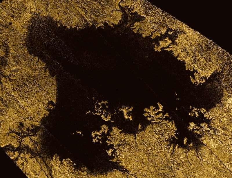 टायटन उपग्रहावरील मिथेन, इथेन चे सरोवर