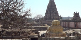 विरूपाक्ष मंदिर