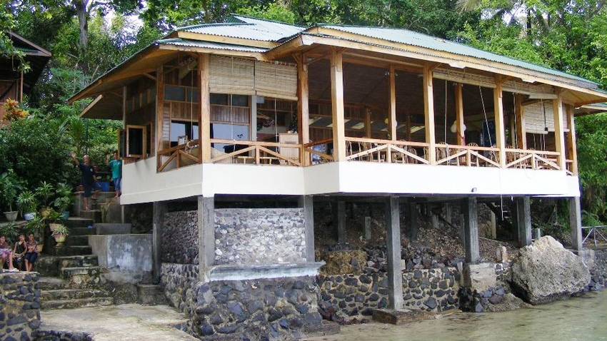 Bunaken Divers Sea Breeze Resort, penginapan murah di Bunaken
