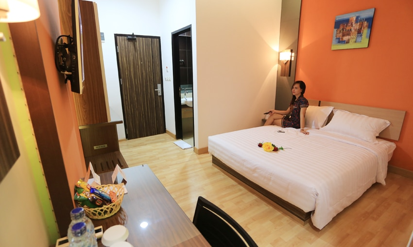 De'Nearby Hotel adalah hotel budget di manado