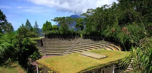 Bukit Doa Tomohon - Ampitheater