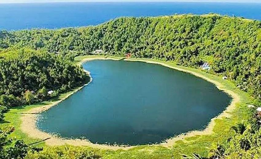 danau cinta makalehi