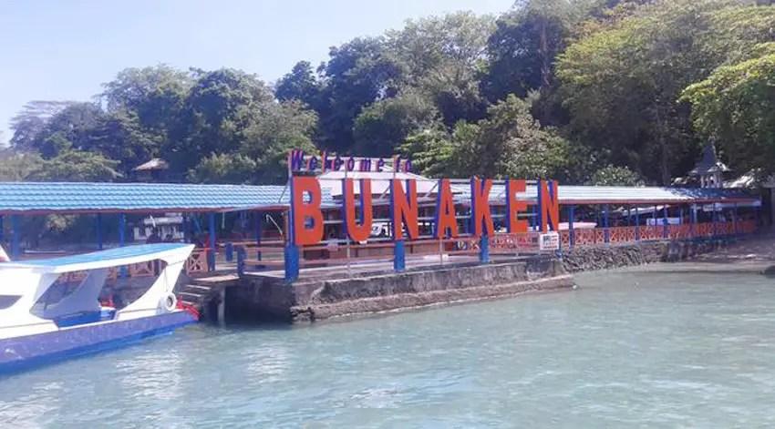 dermaga utama pulau bunaken yang berada di pantai liang