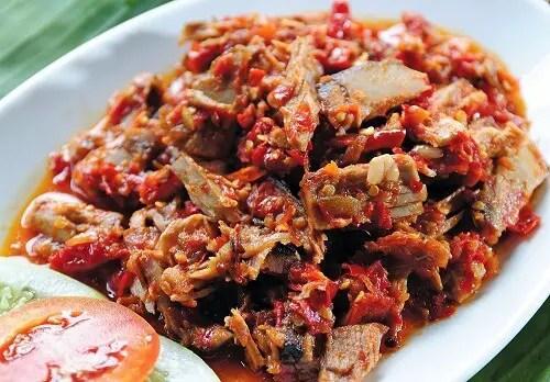 ikan-cakalang-fufu-saus
