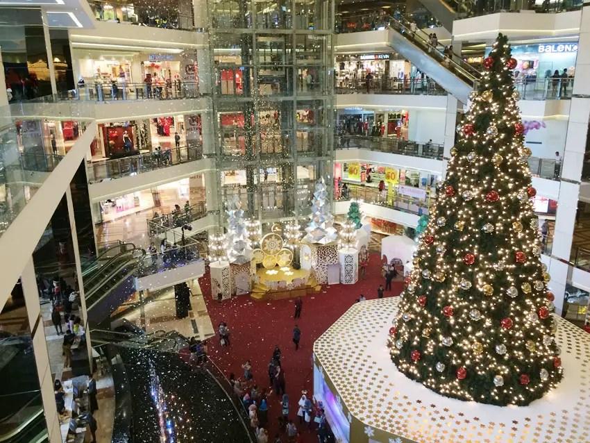 pohon terang adalah istilah pohon natal di manado