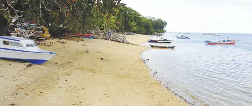 pantai pangalisang bunaken