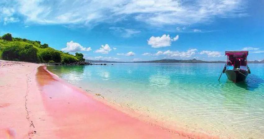 pantai pink lombok. instagramable!