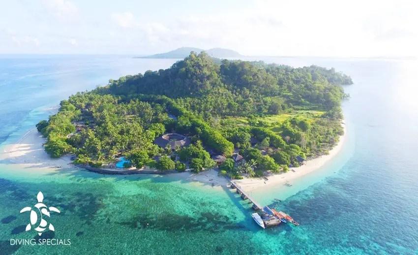 pesona pulau gangga di tengah laut sulawesi