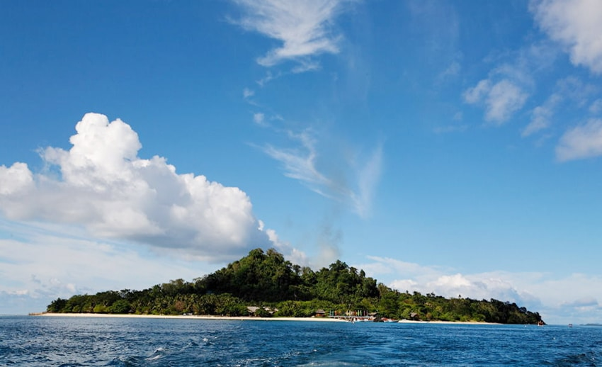 pulau gangga dari arah pulau lihaga tetangganya