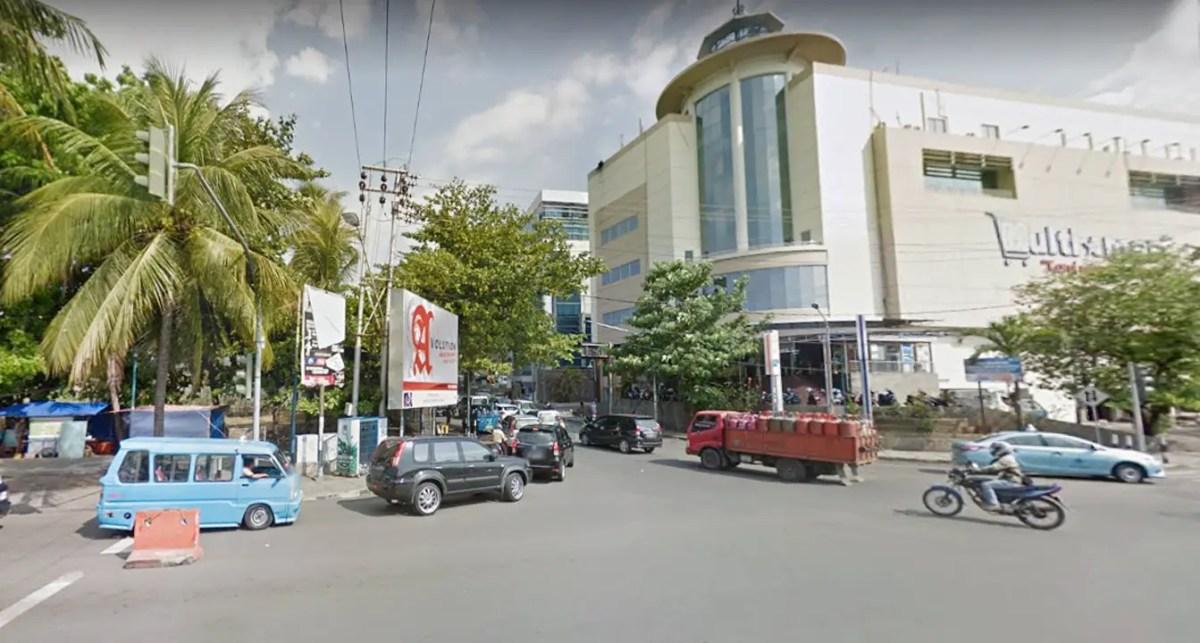 salah satu sudut jalan boulevard manado