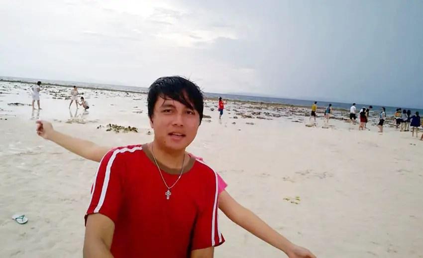 selfie di pasir timbul nain