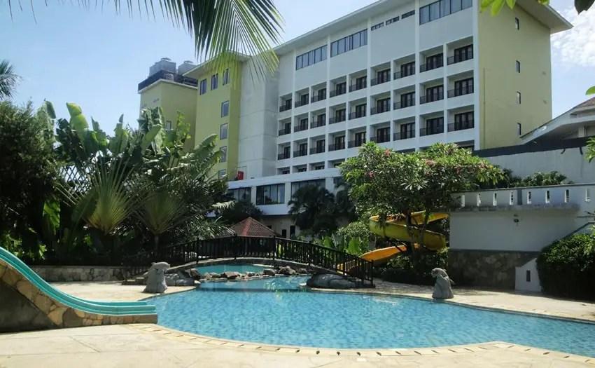 sutanraja hotel salah satu Hotel di Manado Dekat Bandara