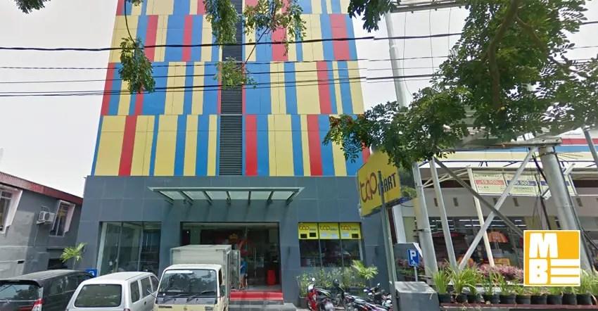 top hotel manado dekat dengan rumah makan nasi kuning saroja