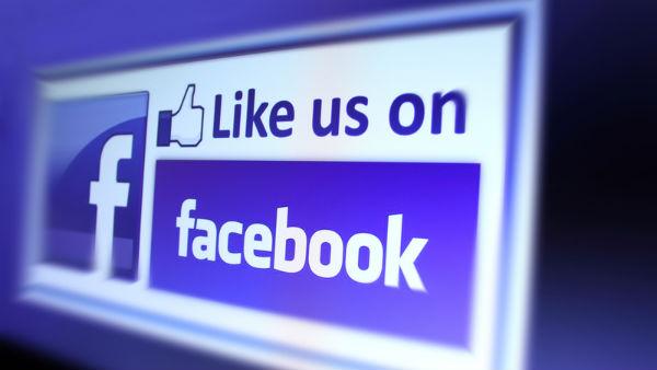 facebook e pe bani