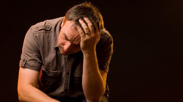 B479-_of1fb_homme-deprime-depression_sn635