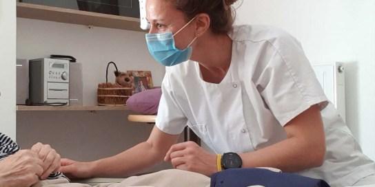 Un-mois-en-Ehpad-face-au-coronavirus-C-est-l-experience-la-plus-riche-de-ma-vie