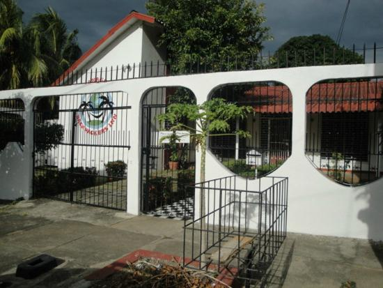 managua-backpackers-inn