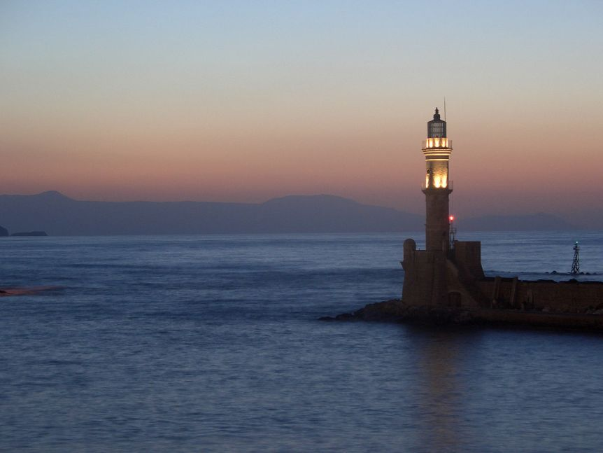 Lighthouse at night, (c) 2009 Martin Belam. Via flickr. (CC BY SA 2.0)