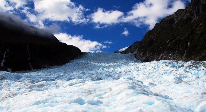 Fox Glacier. (c) 2005 Robert Young (robertpaulyoung). Via Flicr (CC BY 2.0)
