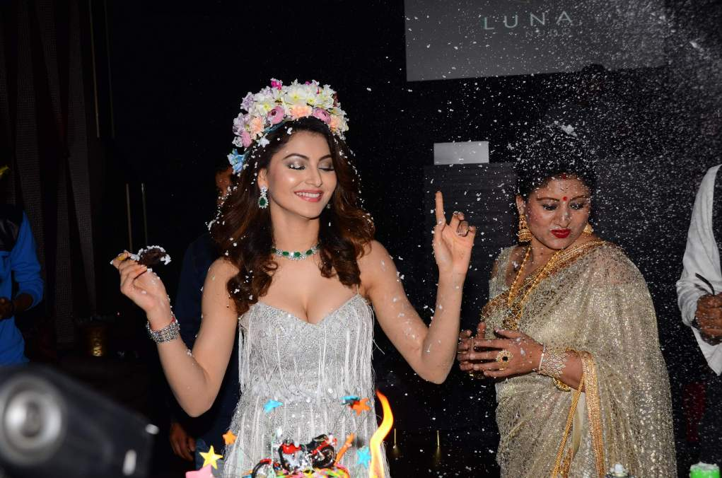 urvashi rautela Brand New Pics Of Beautiful Urvashi Rautela    Miss Diva   Miss Universe Urvashi Rautela Birthday 48
