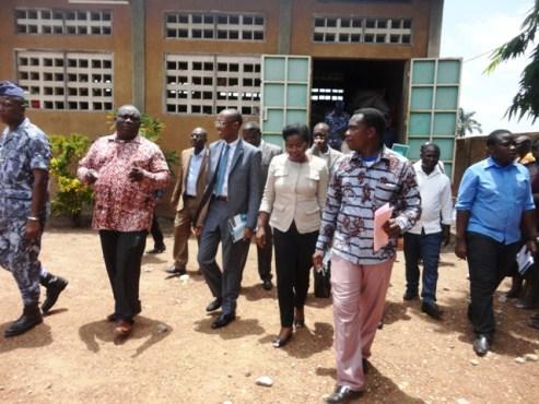 Visite à Soja Nyo - En prélude au lancement du PAEIJ-SP: le ministre Tomégah-Dogbé  visite l'entreprise  Soja Nyo à Notsè