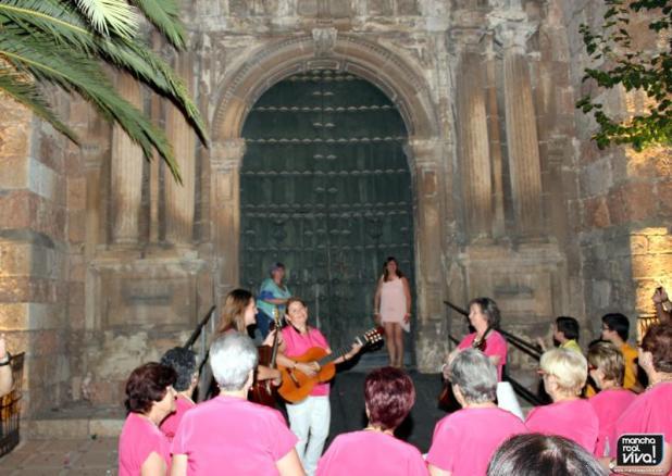 Mar de Olivos-La Manchuela cantaron las tradicionales coplillas
