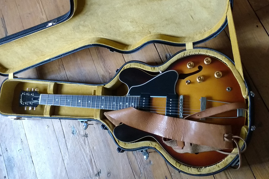 Relined case with ES-330