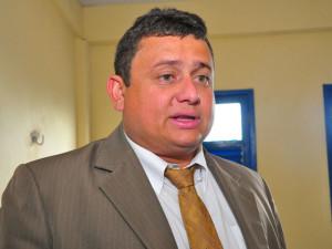 Walber Virgolino 300x225 - ESTADO DE GUERRA: Delegado avisa que 'A ordem é matar qualquer um que atirar em um policial'