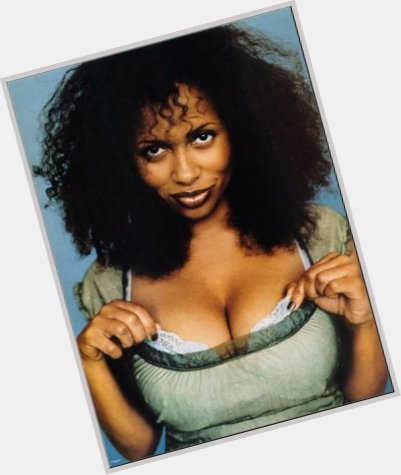 Lisa Nicole Carson Official Site For Woman Crush