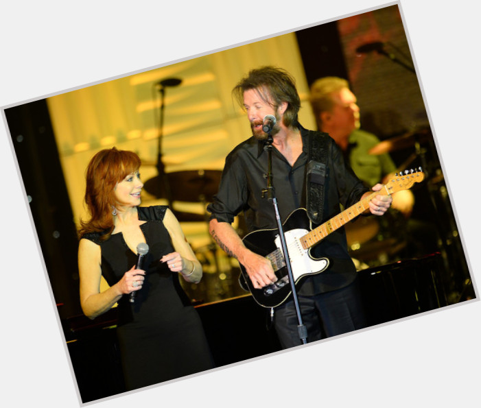 Ronnie Dunn  Official Site for Man Crush Monday MCM  Woman Crush Wednesday WCW