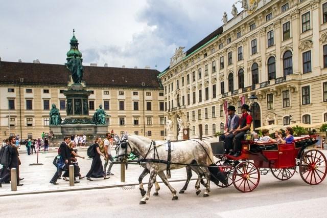 Fiaker Hofburg Vienna