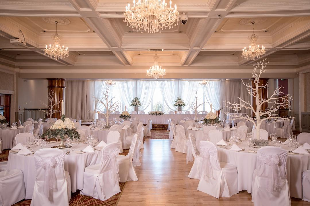 chair covers wedding ideas lifts for seniors simple white venue styling