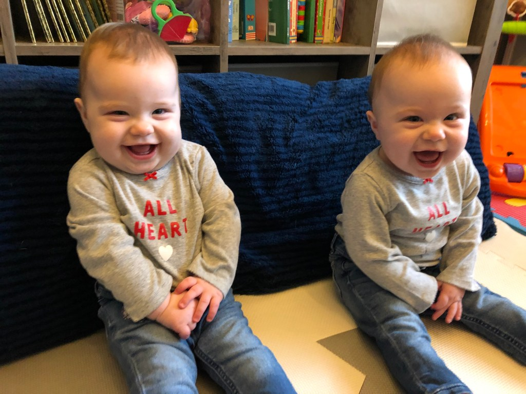 Identical Twins Monthly Update - 10 Months Old - www.mandamorgan.com