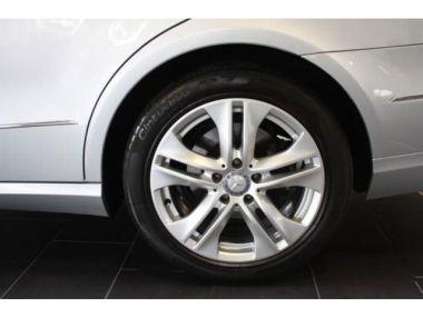 NOUVEAU +++ Mercedes-Benz Voiture d'occasion: Mercedes-Benz E 200 CDI DPF BlueEFFIC Auto Avantga Flottened für 18400 € +++ Les meilleures offres | Berline, 126000 km, 2011, Diesel, 136 CV, Argent | 136947181 | auto.de